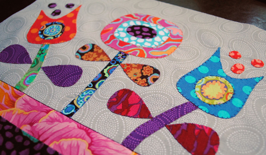 flower applique quilt block